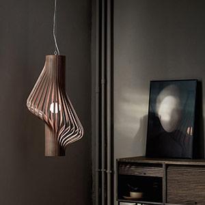 Luminaires suspendus en bois