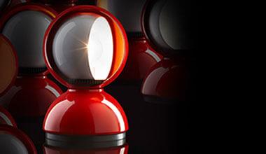 Lampe à poser de designer rouge Eclisse