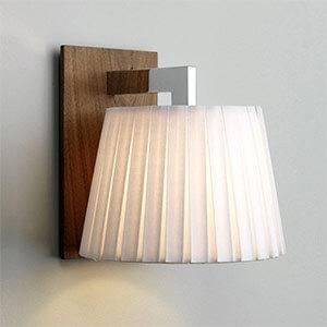 Élégante applique NOLA, bois foncé, blanc