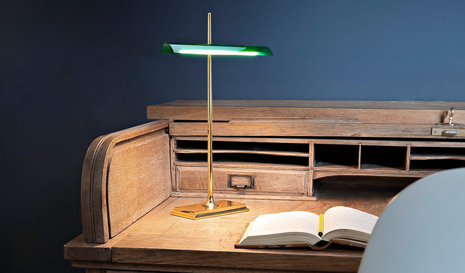Pourquoi est-il important d'avoir une bonne lampe de bureau ?