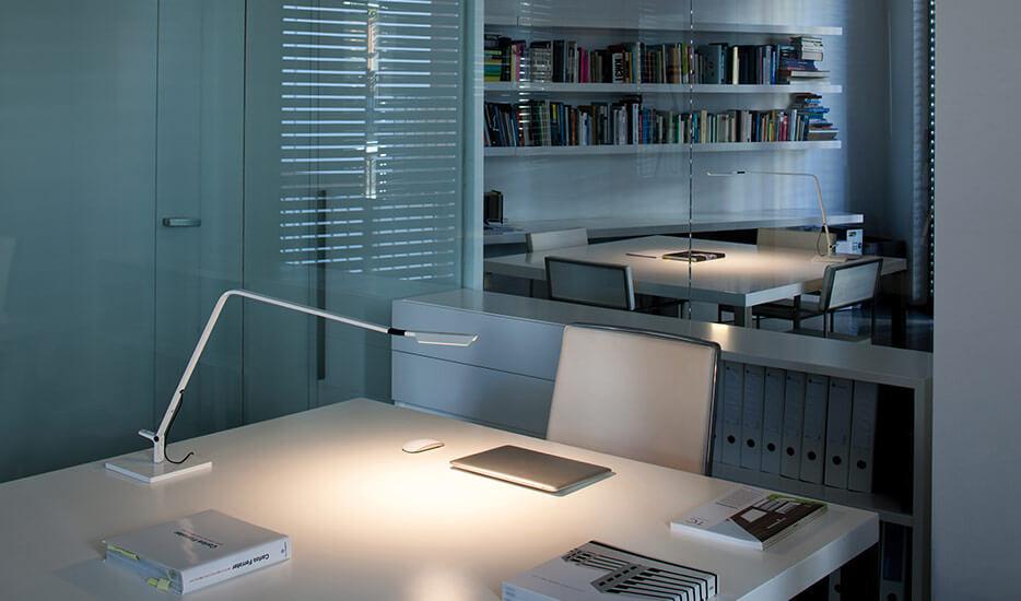 Quel est le wattage d'une lampe de bureau LED ?