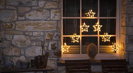 Toller LED-Lichtervorhang Sterne 70-flg.